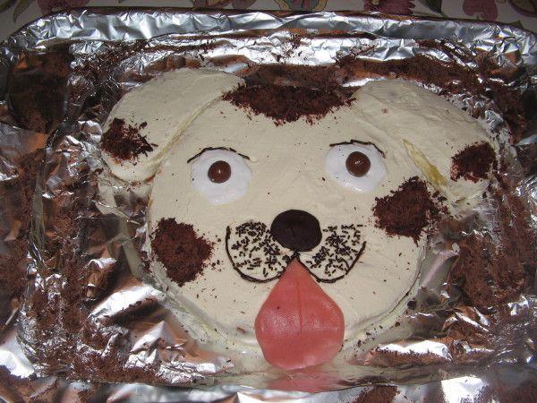 Le mois d'octobre étant le mois des anniversaires chez nous, les gâteaux…