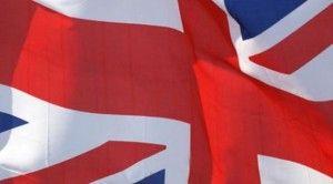 İngiltere MB büyüme beklentilerini artırdı
