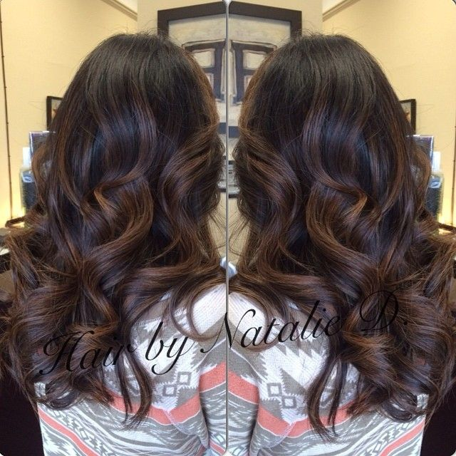 Starting my 14 hour work day with a #tbt of #balayagehighlights! Happy Thursday 😃 #balayage #balayagehaircolor #naturalombres #ombres #hairpainting