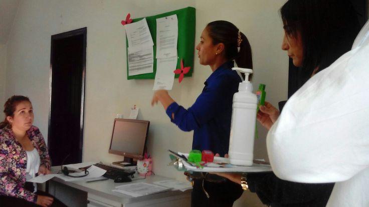 Demostración con nuestro Gel antibacterial!