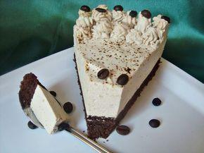 Tort cu crema de iaurt si ness - CAIETUL CU RETETE