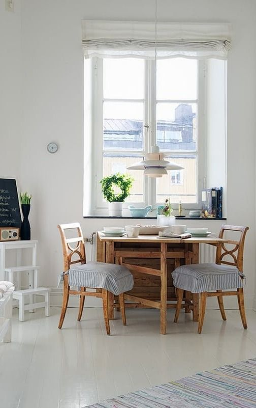 Small Space Solutions Living Room: 526 Best Images About Small Spaces On Pinterest