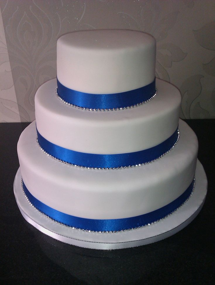 wedding cake silver ribbon wedding cake white with blue ribbon and silver wedding 24552