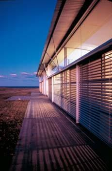 Magney House by Murcutt Captures Australian Sunlight: Temperature Control Inside the Magney House