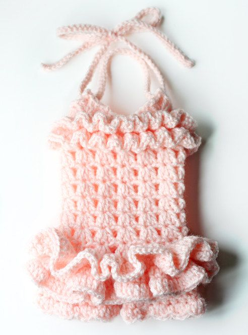 Ruffled Petti Romper by AdorkableCrochet - this is absolutely adorable. Sizes: Newborn, 0-3 Months, 3-6 months, 6-12 months, 2t.