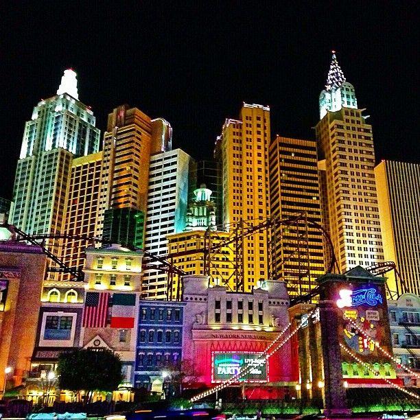 New York-New York Hotel & Casino şu şehirde: Las Vegas, NV