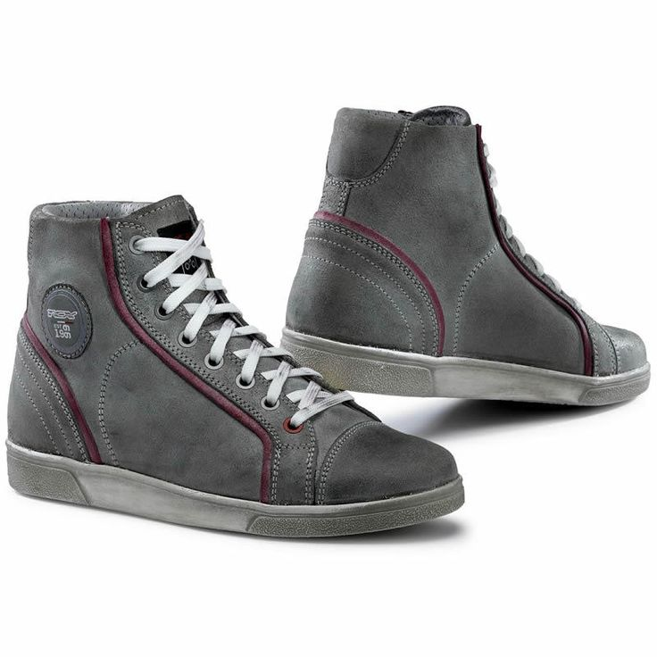 TCX X-Street Womens Motorcycle Shoes Description: The TCX X-Street Womens Motorbike Shoes are perfect for the modern motorcycle rider SPECIFICATION UPPER: Vintage Leather LINING: Light Grey – Air Tech breathable – Anthracite Grey – Waterproof ... http://bikesdirect.org.uk/tcx-x-street-womens-motorcycle-shoes-11/