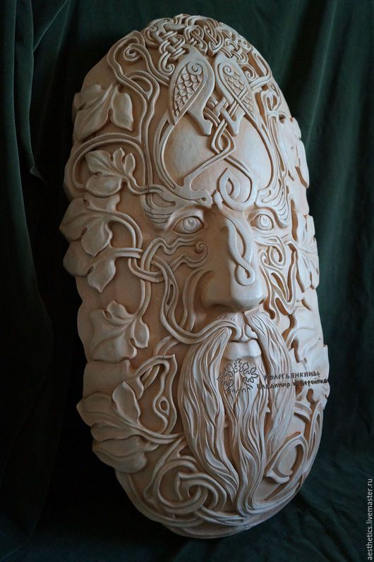Элементы интерьера ручной работы. Барельеф из дерева Кельтский человек. МЕБЕЛЬ И ИНТЕРЬЕР  МЕБЕЛЕТЕРАПИЯ. Ярмарка Мастеров. Кельтский человек
