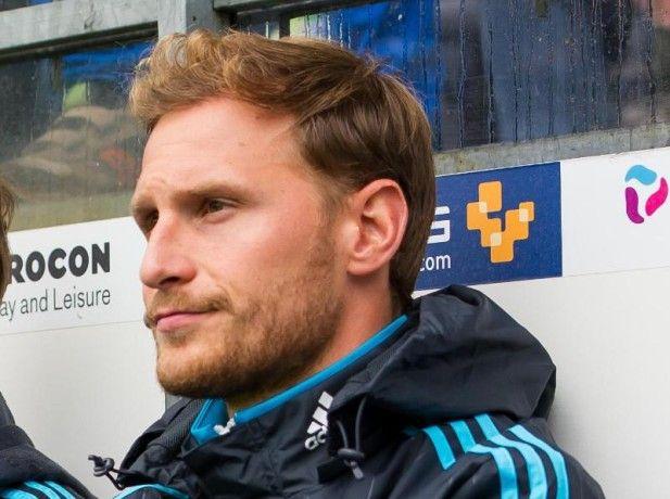 Benedikt Höwedes darf nach einer Operation noch nicht spielen.