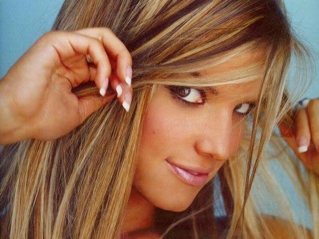 Honey Brown Hair Color With Caramel Lowlights | Haircuts & Hairstyles for short long medium hair