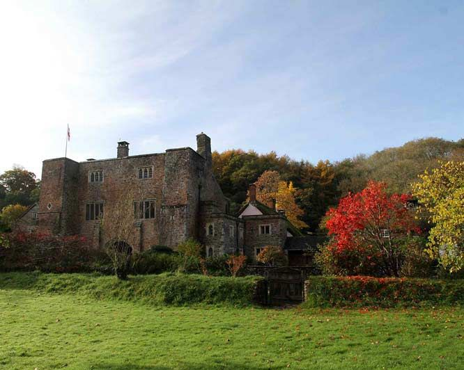 Bickleigh Castle, Devon - The Perfect Wedding Venue