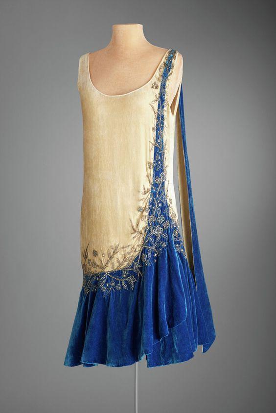 Evening Dress, Mme. Frances, Inc., New York, ca. 1925, Silk velvet, rhinestones.: