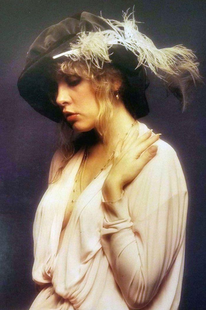 Stevie Nicks, 1979 (photo from HWIII)