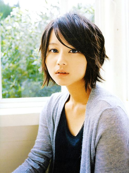 Maki Horikita's super cute short hair!