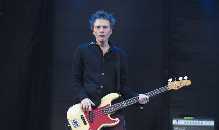 Hey, Tommy's getting the band back together! / The Replacements' Tommy Stinson Reforms Band Bash & Pop   Pitchfork