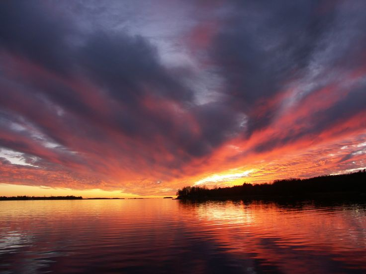 Genuine, unretouched photo of Howe Island sunset!  Never the same...