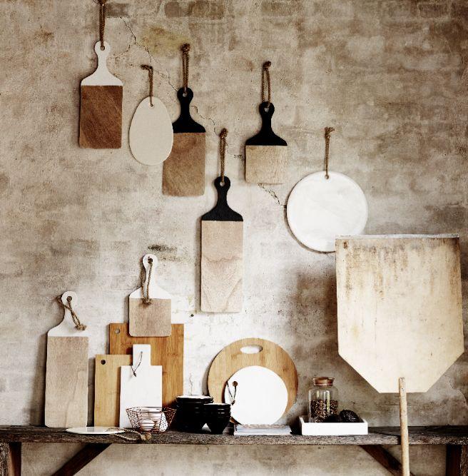 ambiance-accumulation-planches-porcelaine-marbre-bois
