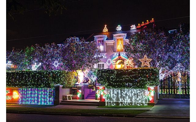 Photo Gallery: 4KQ Christmas Lights Competition #6