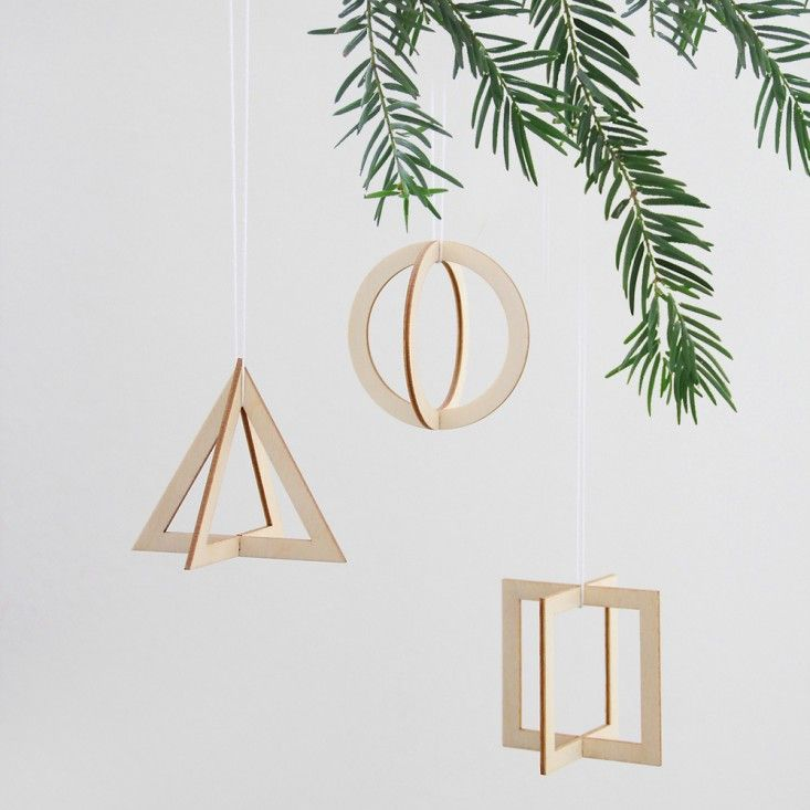 Plywood cut out geometric shapes. Snug Trio from Germany. Set €16.90.
