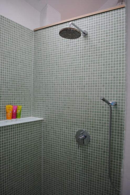 25+ Best Ideas About Bad Mosaik On Pinterest | Badezimmer Mosaik ... Glasmosaik Bordre Bad
