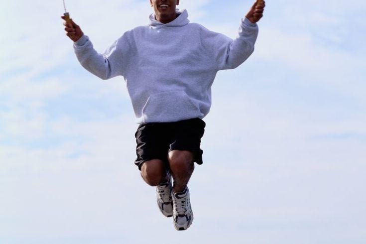¿Qué superficie es mejor para saltar la cuerda?. Saltar la cuerda ofrece un intenso ejercicio de cuerpo completo,mejorando efectivamente la aptitud cardiovascular. También es de alto impacto, aumentando las posibilidades de tener calambres en las piernas. Hay muchas superficies en las que puedes ...