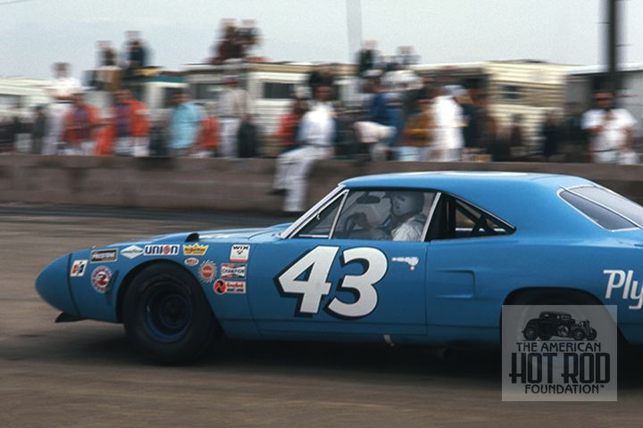 """Petty Enterprises entered this 1970 model Plymouth for """"King Richard"""" to drive in the Motor Trend 500 at Riverside on January 18, 1970. After starting in sixth he lost an engine after completing 186 laps and was awarded a fifth place finish ahead of 11 cars still running but having covered less miles. He's seen pulling into the pits.  ©AHRF/George Callaway Collection (GCC_156)"""
