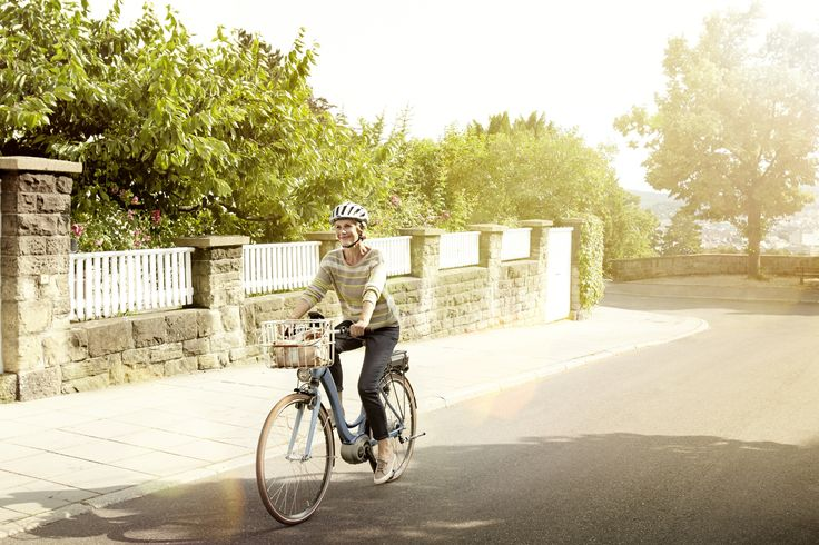 E-Bike-Studie 2014: Durchschnittspreis 2.837 Euro - Mittelmotor beherrscht den Markt - http://www.ebike-news.de/e-bike-studie-2014-durchschnittspreis-2-837-euro-mittelmotor-beherrscht-den-markt/8063/