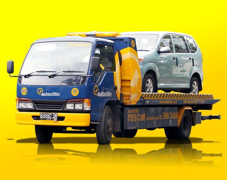 Derek / Towing Car : Mobil derek Autocillin yang selalu siap 24 jam membantu Anda. Call Adira Care 500456