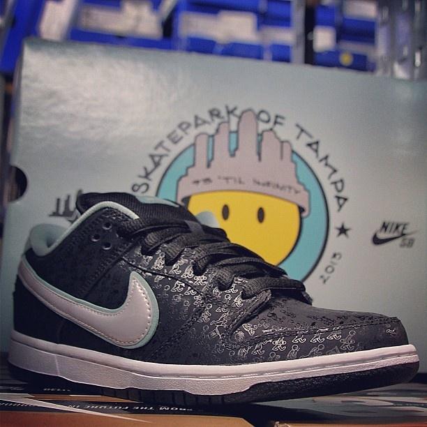 online retailer 466bd 19f34 Nike Dunk Low SB -