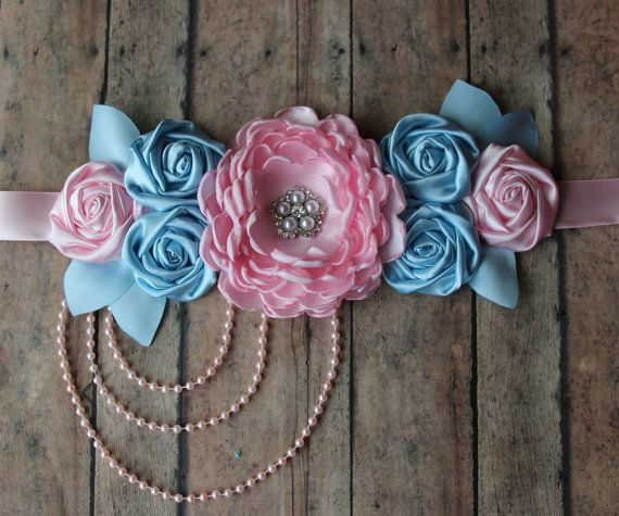 This is a great photo prop for maternity sessions and to use as a keepsake after…