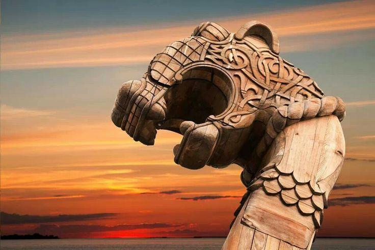 Best drakkar viking images on pinterest vikings