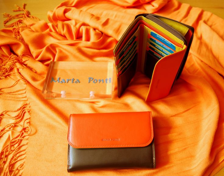 """Colecção """"Iris"""" da MARTA PONTI. Carteiras multicolor em pele. #MartaPonti #Carteira #Pele #Jarda"""