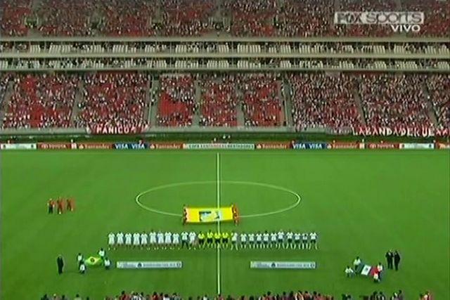 La Final de la copa santander libertadores del 2010 la Gano el Inter de brasil sobre las chivas de México, cabe destacar que los clubes mexicanos nunca la han ganado.