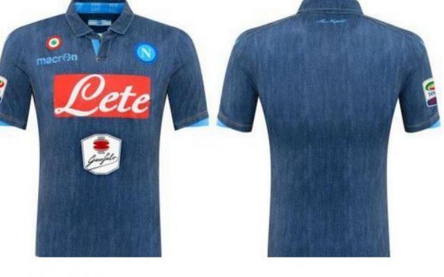 La seconda maglia del Napoli stile Jeans #napoli #maglianapoli #napolijeans