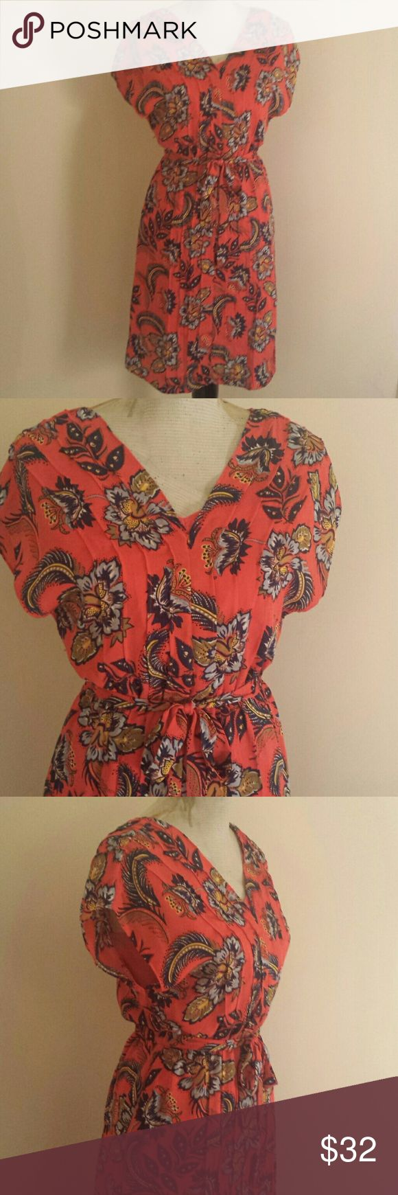 Lands End Orange Light Floral Pleated  Midi Dress This Lands End orange floral print dress is perfect for just about any occasion. This dress is made from 100% polyester making it light and breezy. There is a matching orange slip attached. This dress is in mint condition. Lands' End Dresses Midi