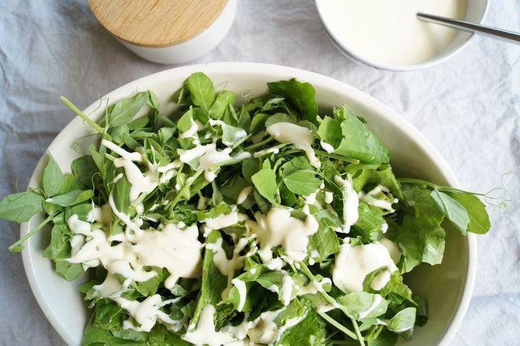Grøn salat med mormordressing - nemt og lækkert.