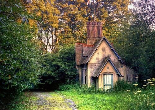 Baynards Park Cottage, Surrey, England  photo via jeff: Dreams Home, Parks Cottages, Country Cottages, English Cottages,  Church Building, Baynard Parks, Tiny Cottages, House, Little Cottages