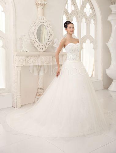 Robe de mariée A-ligne en tulle avec dentelle encolure en coeur traîne chapelle - Milanoo.com