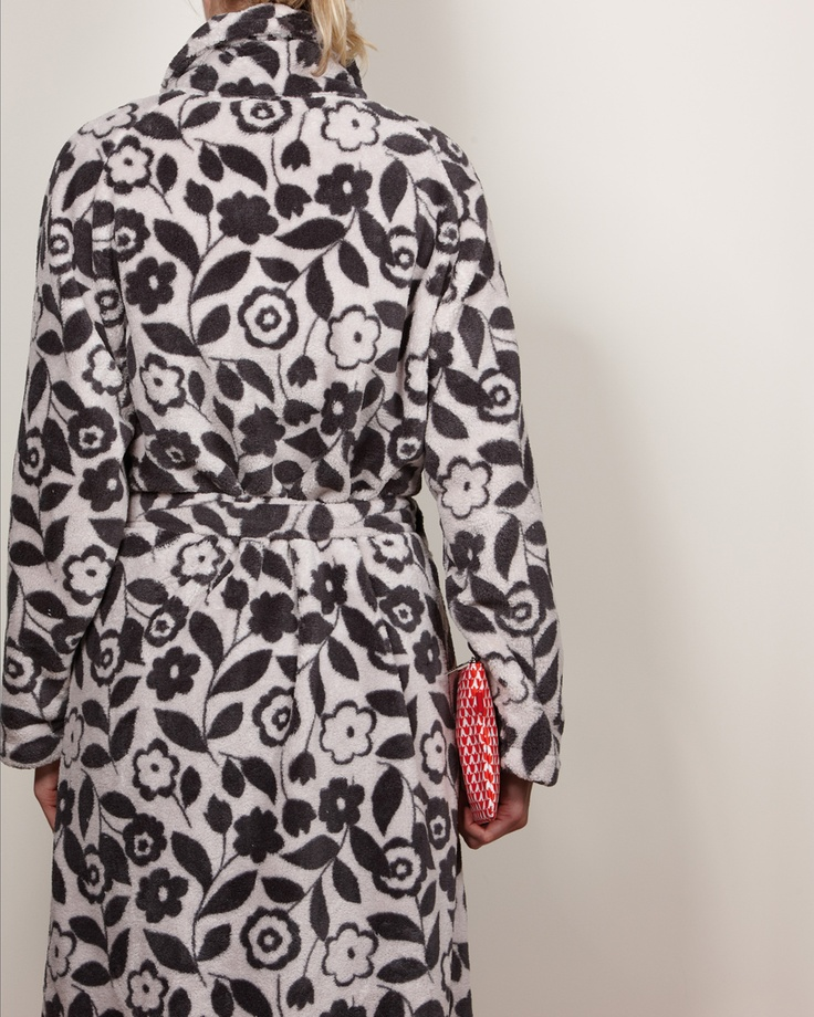 CITTA DESIGN / Winter 2012 Collection / Tokyo: Collision of Contrasts / Dressing Gown   www.cittadesign.com