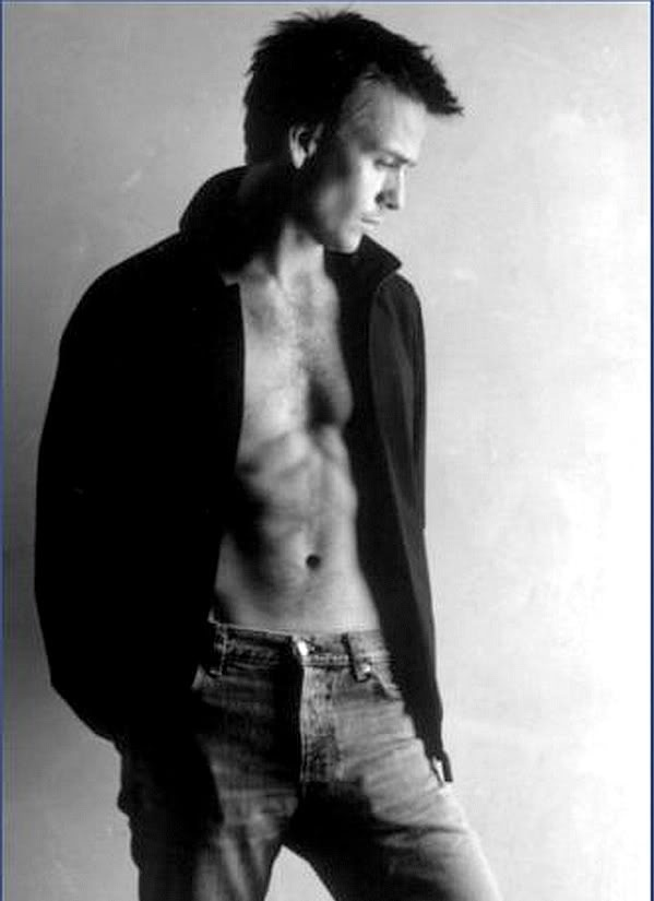 Sean Patrick Flanery <3