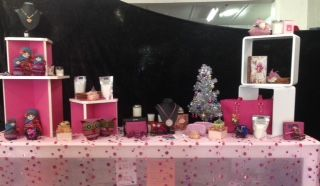 take a look at our pink table!