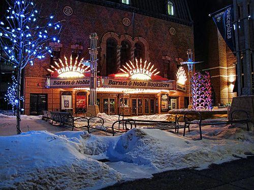 Barnes & Noble Bookstore - Peace Plaza ~ Rochester, Minnesota
