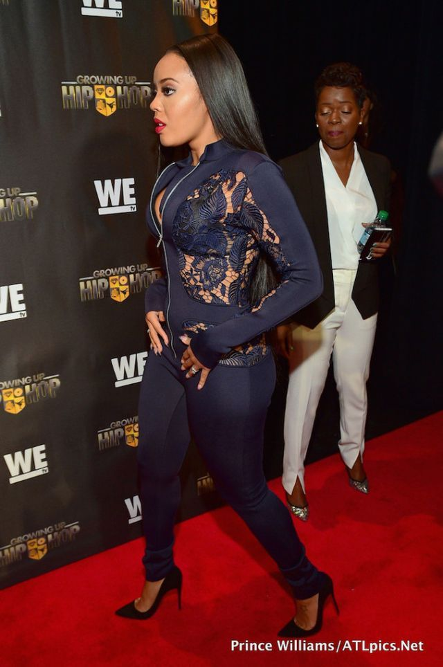 The post Splurge: Angela Simmons's Growing Up Hip Hop Atlanta Premiere Ms. Decordon Navy Lace and Scuba Jumpsuit appeared first on Fashion Bomb Daily Style Magazine: Celebrity Fashion, Fashion News, W