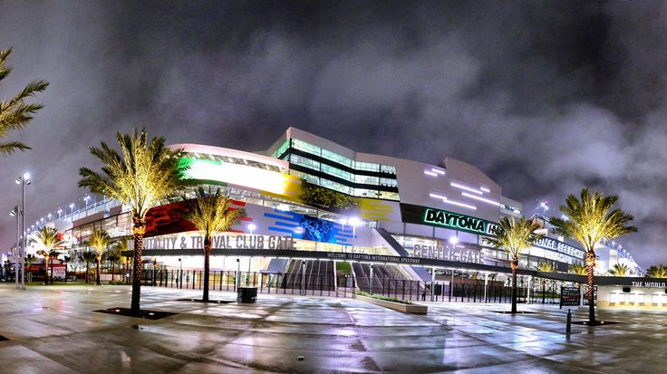 2016 Can-Am Qualifying races for the Daytona 500 Joe Burbank / Orlando Sentinel In this panoramic view, the new Daytona International Speedway Motorsports Stadium is seen fully lighted on a rainy night, Wednesday, Jan. 27, 2016, in Daytona Beach, Fla. The two-year, $400 million renovation of the speedway has been completed in time for the running of the 2016 Daytona 500 in February. (Joe Burbank/Orlando Sentinel)