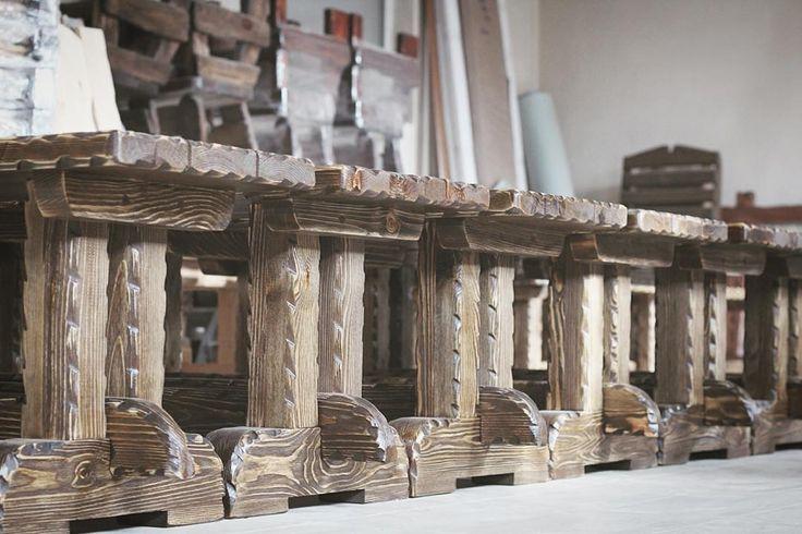 Армия деревянных лавок из комплекта мебели #wood #woodworking #woodart #handmade #eco #rustic #homedecor #дерево #art #vscocam #nofilter #eco #photo #instagood #instaphoto #likstudio