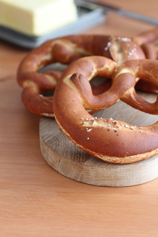 ブレッツェルとチェコのチーズ:パンとスイーツのない人生なんて!:So ... ブレッツェルとチェコのチーズ [手作りパン (ドイツパン)] [編集]