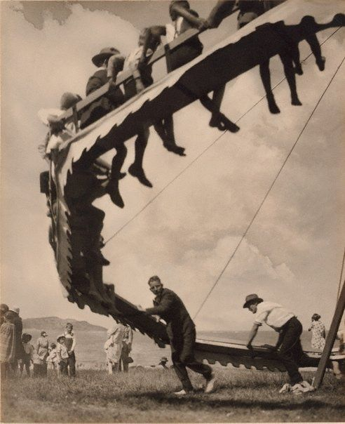 The wheel of youth by Harold Cazneaux, 1929.