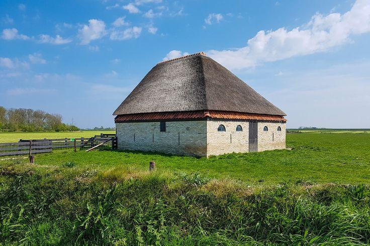 Schafscheune auf Texel. Irgendwie finde ich die hübsch. Und Du?   #texel #holland