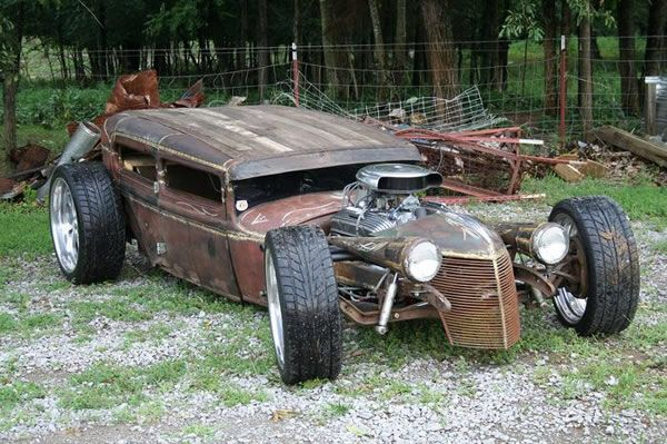 Image from http://dailynewsdig.com/wp-content/uploads/2013/07/Custom-Rat-Rod-Pictures-28.jpg.