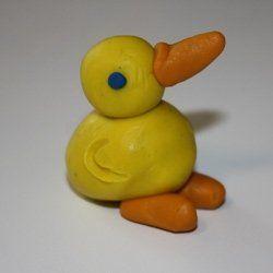 Le petit canard en pâte à modeler (tuto)